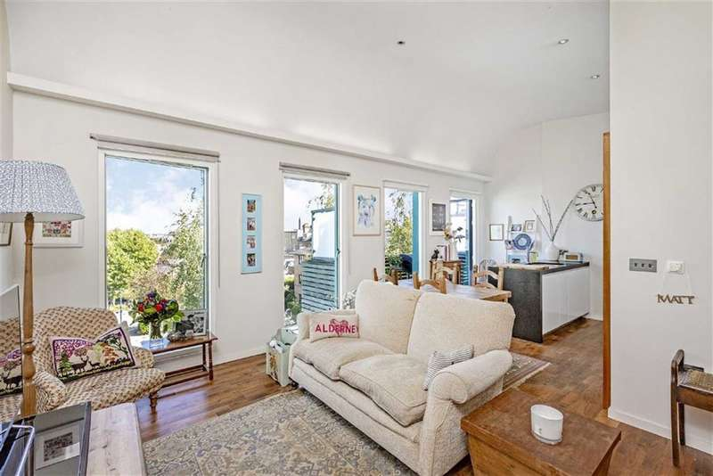 2 Bedrooms Flat for sale in Blueprint Apartments, 16 Balham Grove, Balham