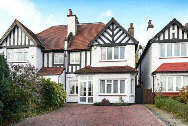 4 Bedrooms Semi Detached House for sale in Somertrees Avenue, Lee, London, SE12