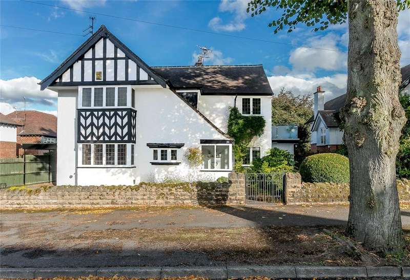 4 Bedrooms Detached House for sale in Woodthorpe Avenue, Woodthorpe, Nottingham, Nottinghamshire, NG5