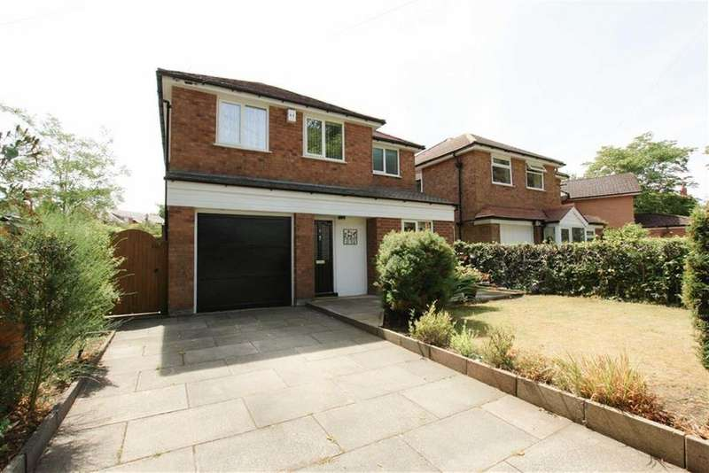 3 Bedrooms Detached House for sale in Hesketh Road, Sale