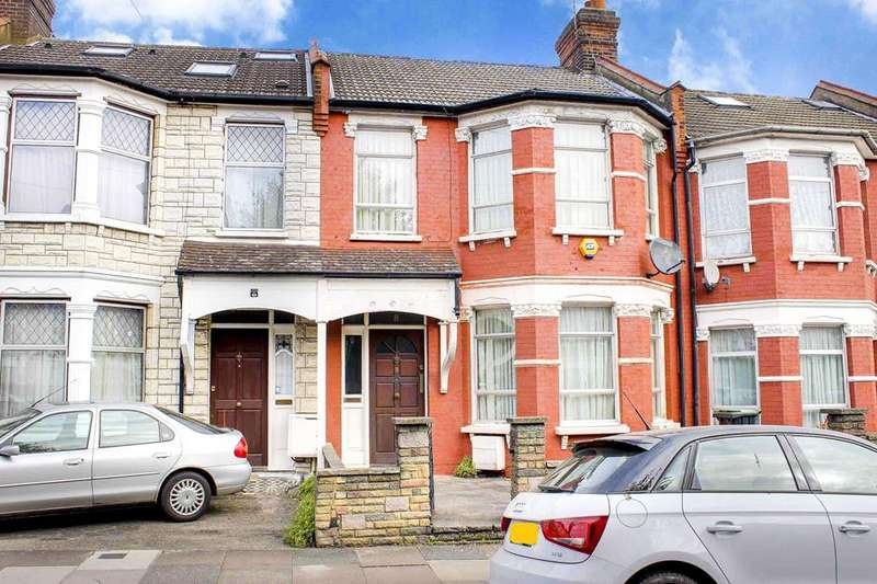 3 Bedrooms Property for sale in Kelvin Avenue, Palmers Green, London, N13