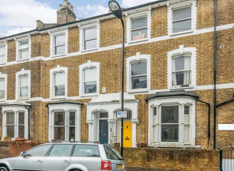 5 Bedrooms Terraced House for sale in Reighton Road, Hackney, London, E5
