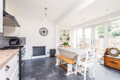 4 Bedrooms Semi Detached House for sale in Bramley Avenue, Ightenhill, Burnley, Lancashire