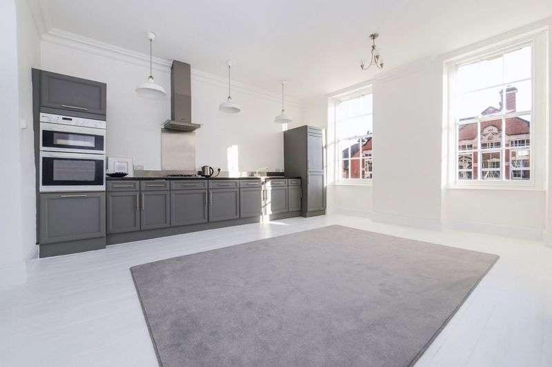 1 Bedroom Property for sale in Albermarle Row, Bristol