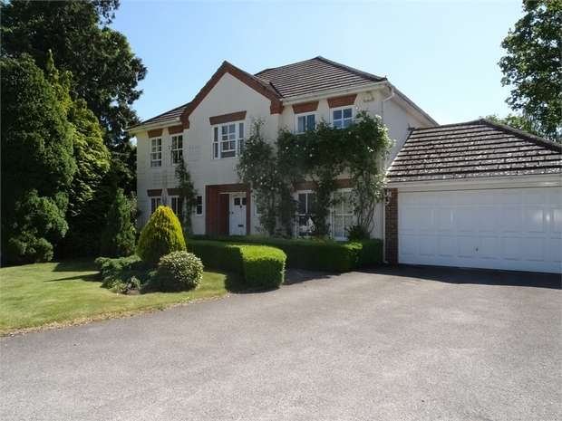 5 Bedrooms Detached House for rent in Nevelle Close, Binfield, Berkshire