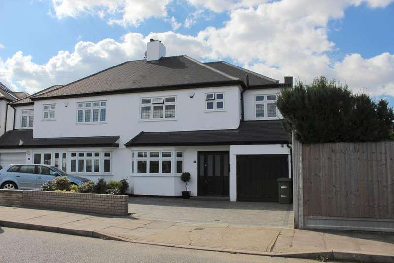 4 Bedrooms House for sale in Repton Avenue, Gidea Park