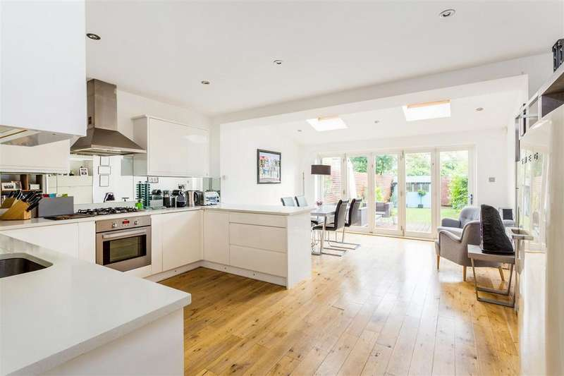 3 Bedrooms House for sale in Dupont Road, Raynes Park, London SW20