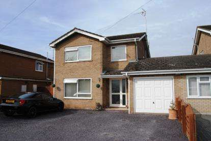 3 Bedrooms Link Detached House for sale in Wisbech, Cambridge