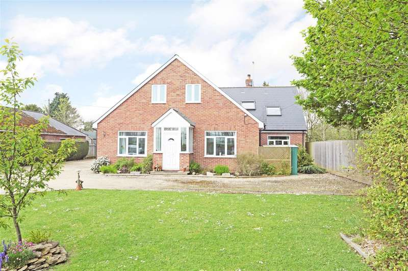 5 Bedrooms Detached House for sale in Upavon Road, North Newnton, Pewsey