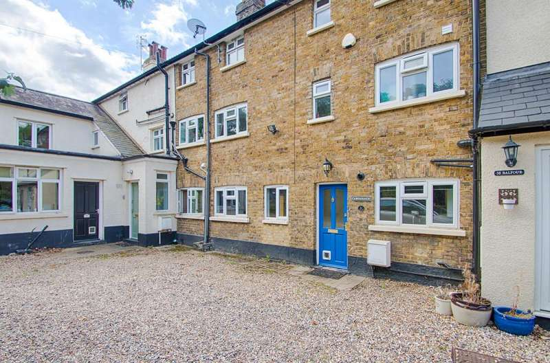 2 Bedrooms Terraced House for sale in Balfour Street, Hertford