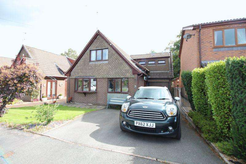 4 Bedrooms Detached House for sale in Denbigh Close, Stoke-On-Trent
