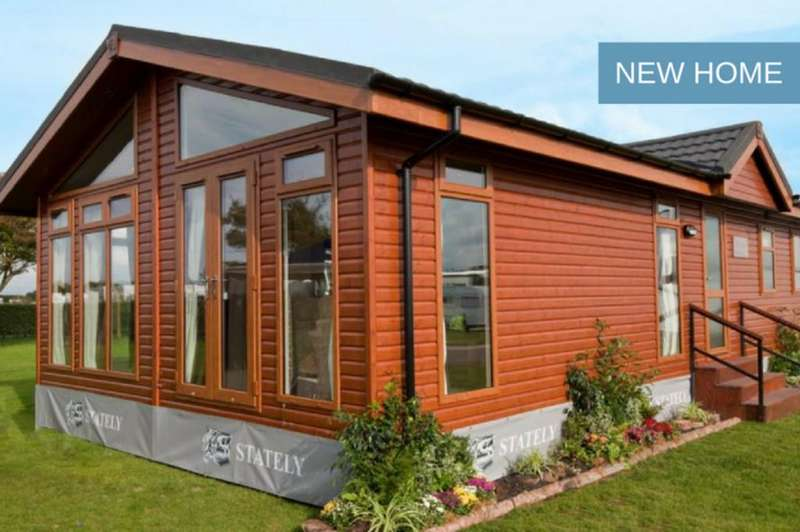 2 Bedrooms Park Home Mobile Home for sale in Heather Bank Park, Neilston