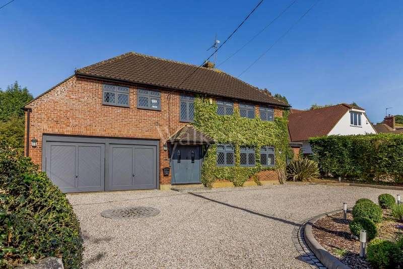 5 Bedrooms Detached House for sale in Potash Road, Billericay