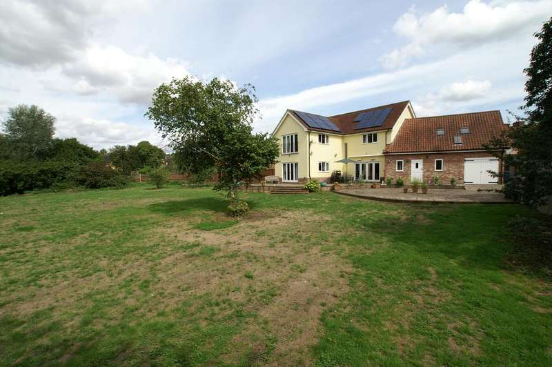 5 Bedrooms Detached House for sale in High Street, Bures, Suffolk, CO8