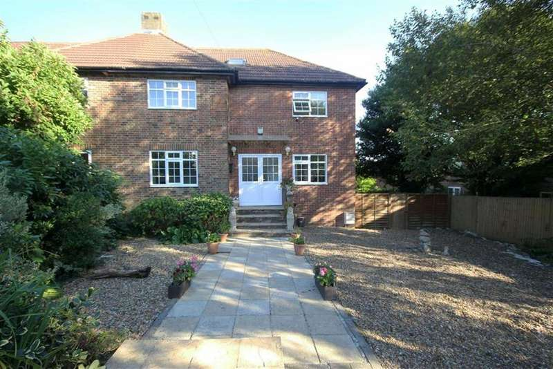 5 Bedrooms House for sale in Dellors Close, Barnet, Hertfordshire