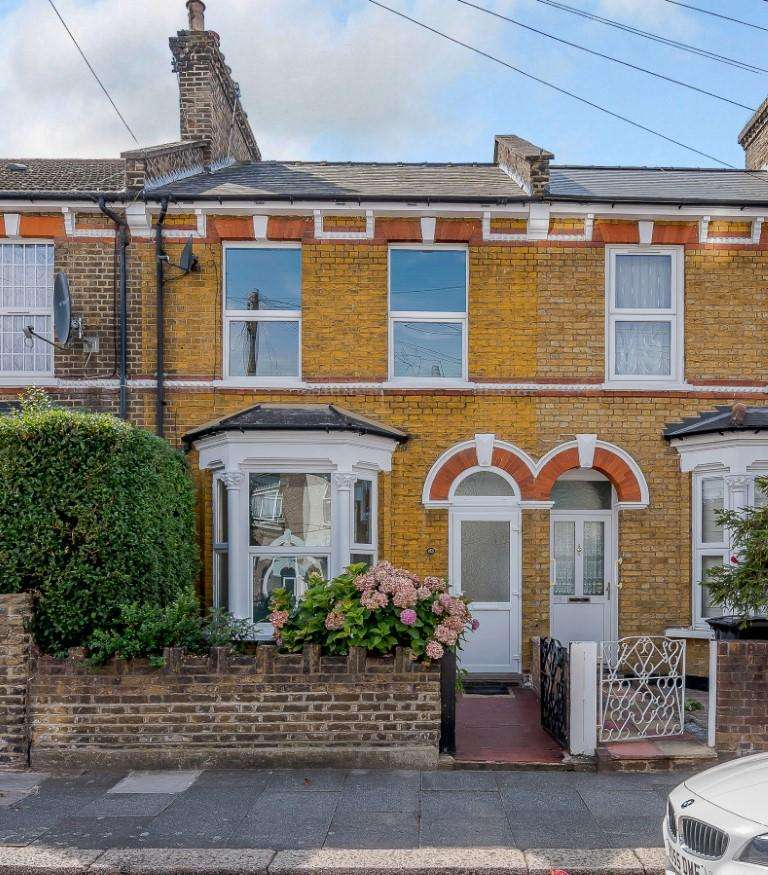 3 Bedrooms House for sale in Bruce Castle Road, London