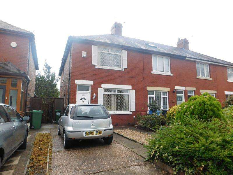3 Bedrooms Terraced House for sale in Medlock Road, Manchester