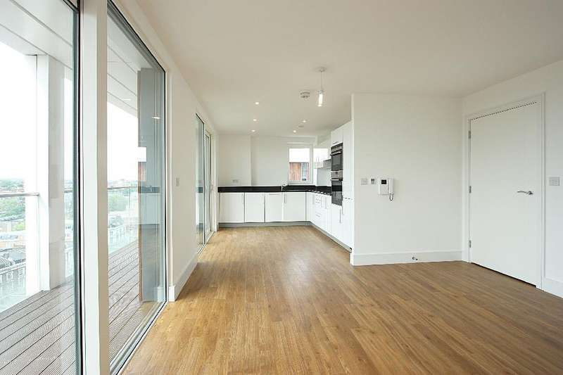 3 Bedrooms Flat for sale in Sledge Tower, Dalston Square, London, E8