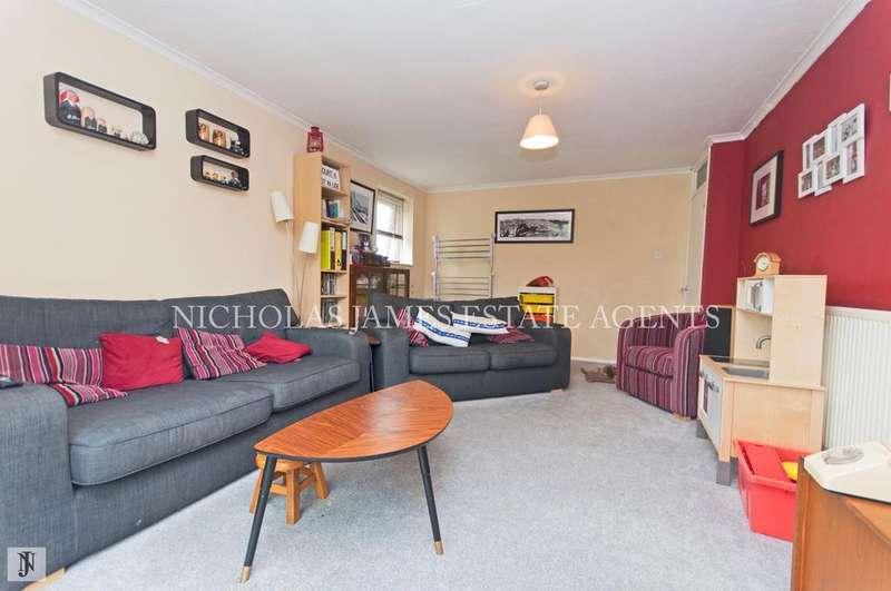 2 Bedrooms Flat for sale in The Homestead, Waterfall Road, New Suthgate, London N11