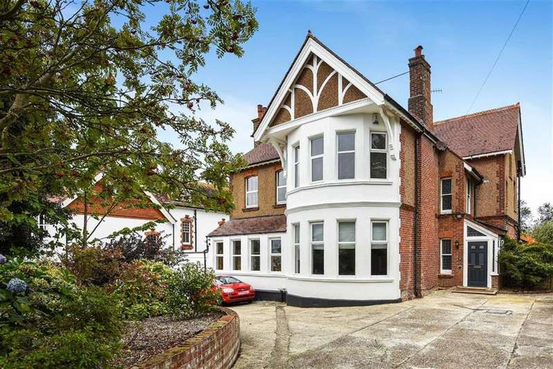 6 Bedrooms Detached House for sale in Branksome Road, St Leonards-on-sea, East Sussex