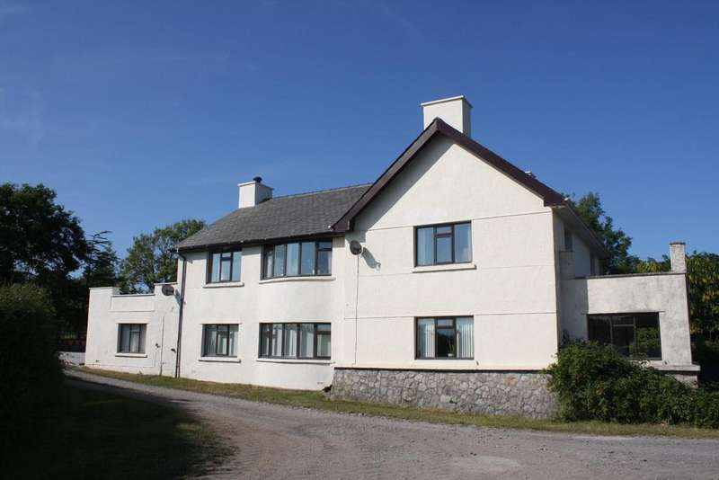 4 Bedrooms House for sale in Llanfaglan, Caernarfon
