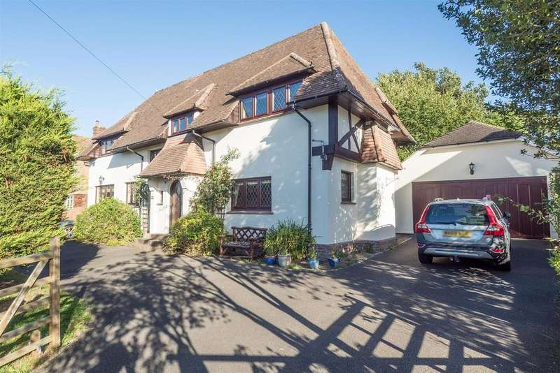 4 Bedrooms Detached House for sale in The Landway, Bearsted, Maidstone