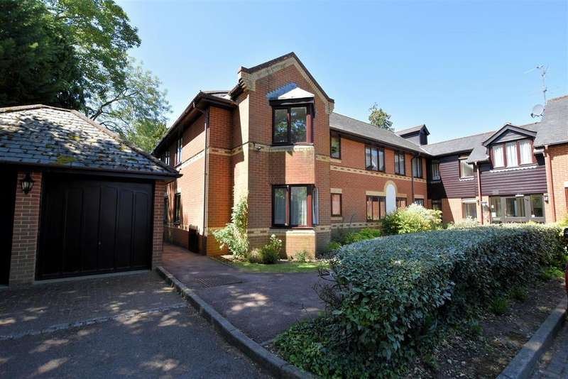 1 Bedroom Retirement Property for sale in Regency Heights, Caversham, Reading