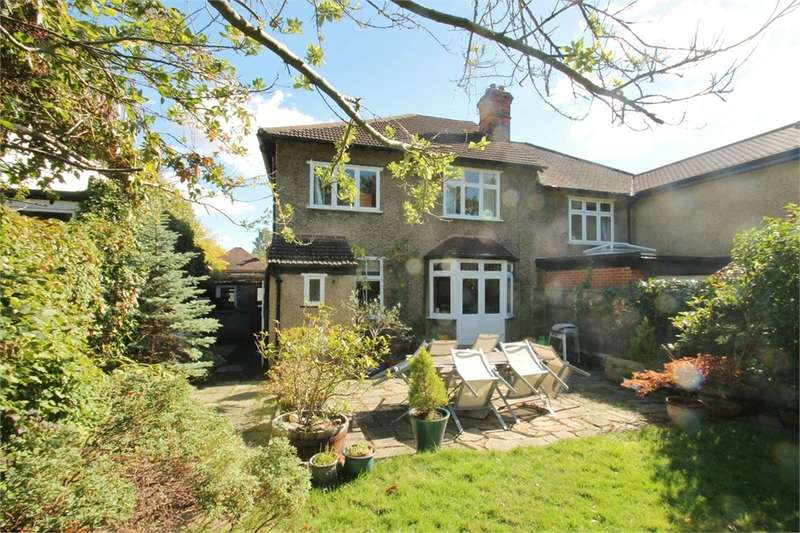 4 Bedrooms Semi Detached House for sale in Monkhams Avenue, Woodford Green IG8