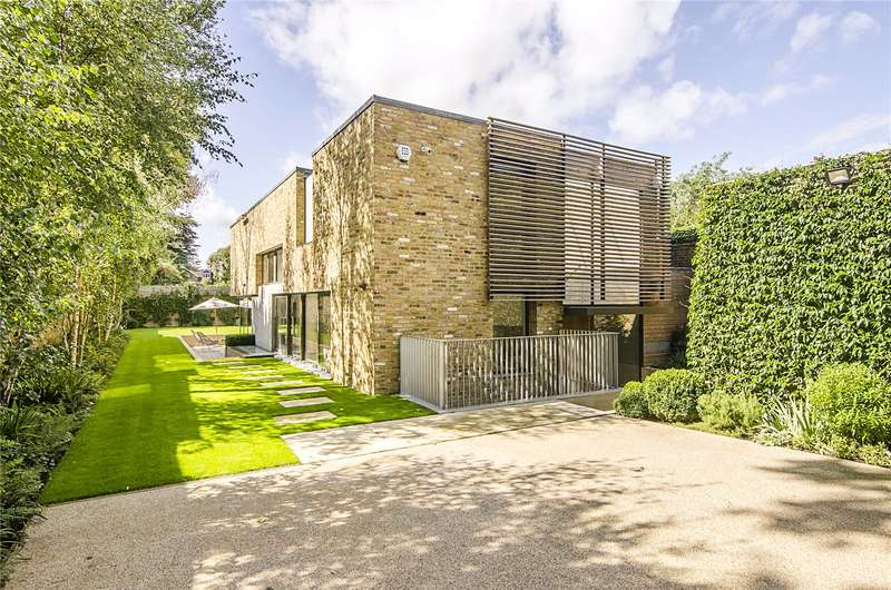 6 Bedrooms Detached House for sale in Dover Park Drive, London, SW15