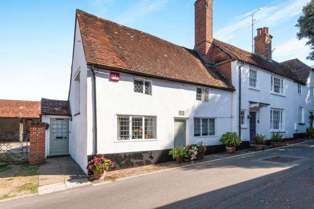 2 Bedrooms Semi Detached House for sale in Odiham, Hook, Hampshire