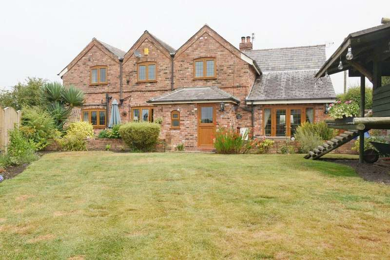 4 Bedrooms Detached House for sale in Laburnam Cottage, Little Leigh