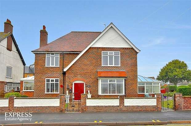 4 Bedrooms Detached House for sale in Belvedere Parade, Bridlington, East Riding of Yorkshire