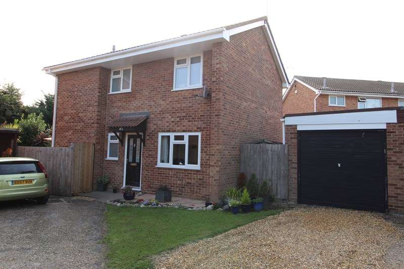 4 Bedrooms Detached House for sale in Coniston, Southend-On-Sea