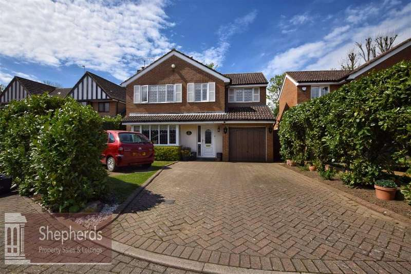 4 Bedrooms Detached House for sale in Welsummer Way, West Cheshunt, Hertfordshire