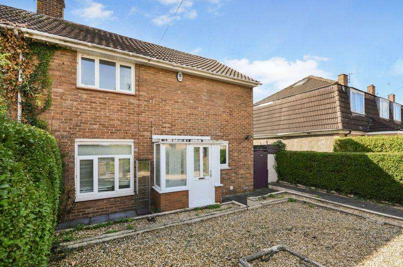 3 Bedrooms Terraced House for sale in Coleshill Drive, Bristol