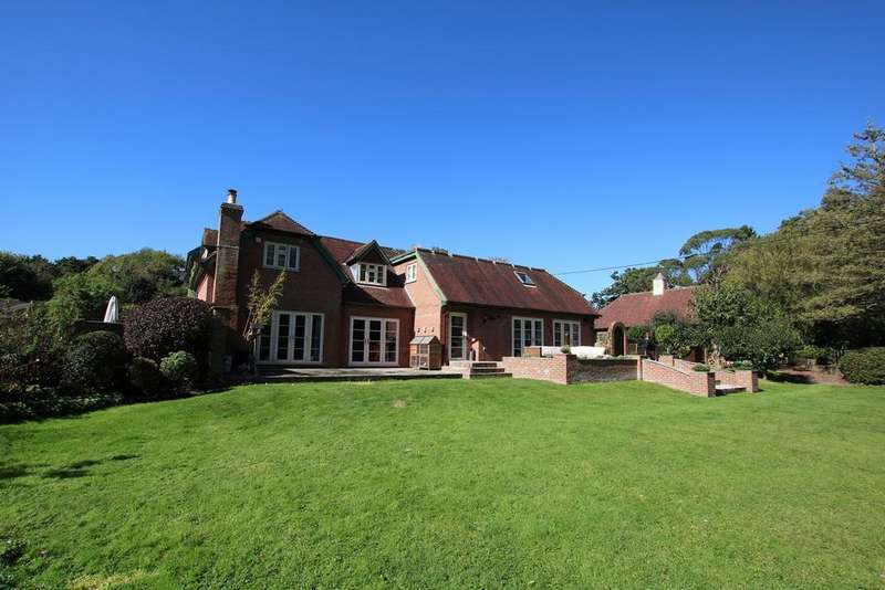 5 Bedrooms Semi Detached House for sale in Mill Lane, Hurn, Christchurch, BH23