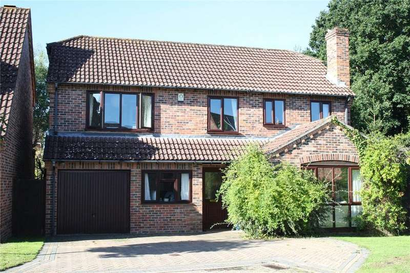 4 Bedrooms Detached House for sale in Head Down, Petersfield, Hampshire, GU31
