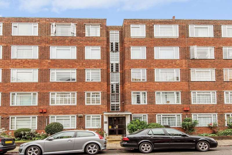 2 Bedrooms Flat for sale in Charlbert Court, St John's Wood, NW8