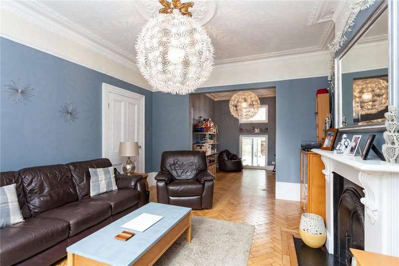 4 Bedrooms Terraced House for sale in Aubert Park, London, N5