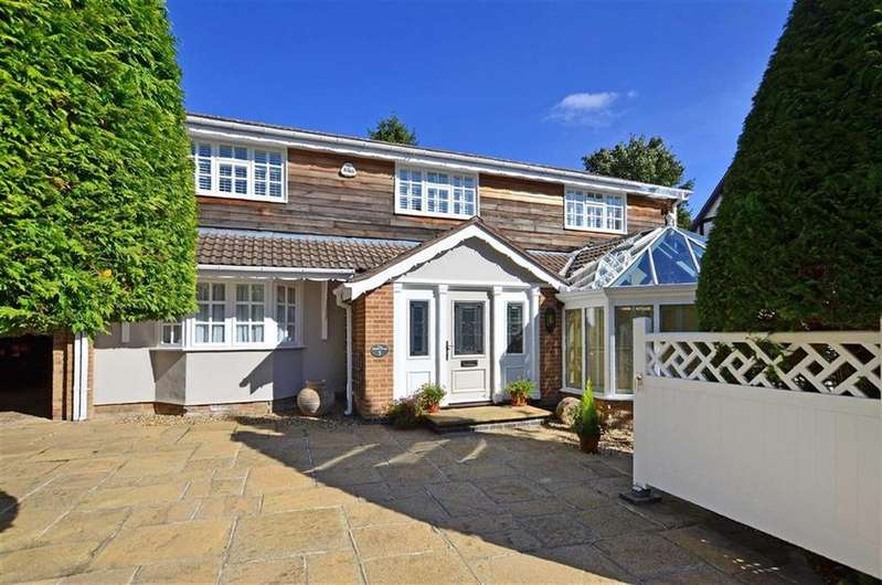 5 Bedrooms Detached House for sale in Slayleigh Delph, Sheffield