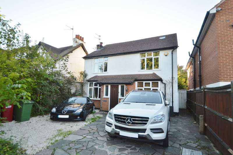 5 Bedrooms Detached House for sale in Chestnut Avenue, Langley, SL3