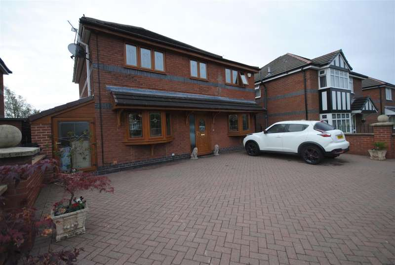4 Bedrooms Detached House for sale in Thetford Close, Hindley, Wigan