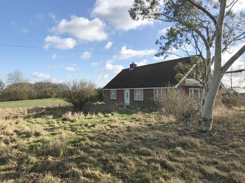 3 Bedrooms Detached House for sale in Foresters, Lamberts Lane, Earls Colne, Colchester, Essex