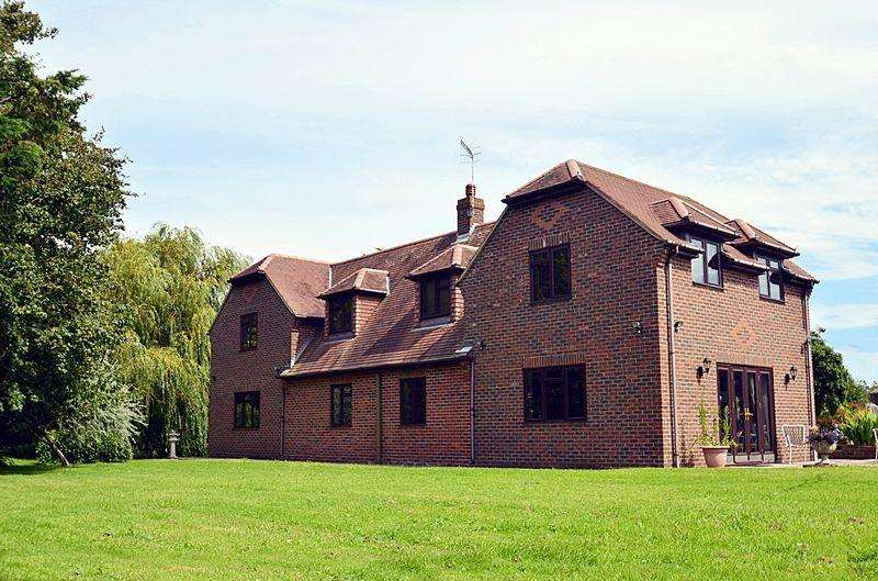 8 Bedrooms Detached House for sale in A superb country home comprising a beautifully presented substantial detached house of over 4000 sq ft, a detached...