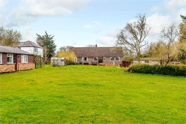 4 Bedrooms Detached Bungalow for sale in Ningwood Hill, Cranmore, Yarmouth, Isle of Wight