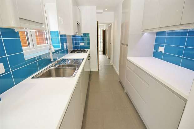 3 Bedrooms End Of Terrace House for sale in Tennison Road, South Norwood, London