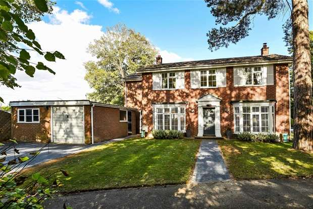3 Bedrooms Detached House for sale in East Hills, Cranfield