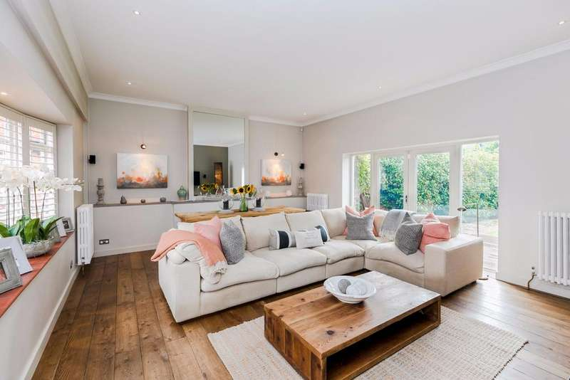 3 Bedrooms House for sale in Riversdale, Bourne End