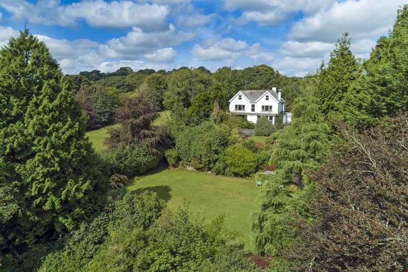 3 Bedrooms Detached House for sale in Perranwell Station, Nr. Truro, South Cornwall, TR3