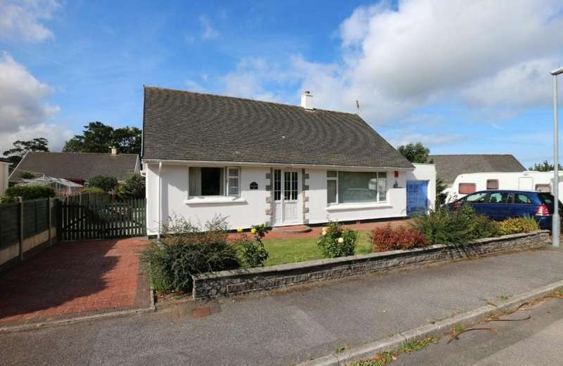2 Bedrooms Property for sale in Rosewarne Gardens, Camborne